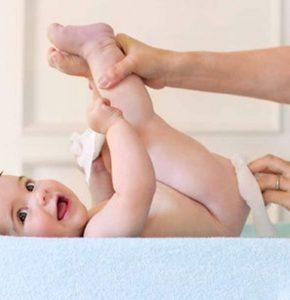 Как подмывать новорожденного: особенности и советы педиатров как правильно подмывать ребенка (75 фото)